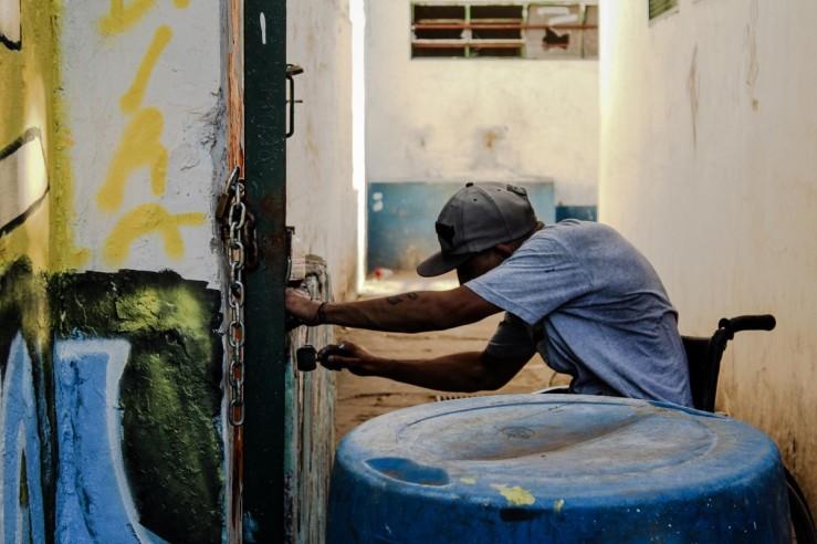 Pixadores revitalizam muro de Escola Estadual em Osasco 01